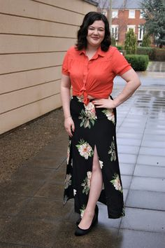 Styling a floral maxi skirt. Floral Maxi, My Wardrobe, No Frills, Lifestyle Blog, Skirts, Fashion, Moda, Fashion Styles, Fashion Illustrations