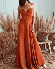 Burnt Orange Bridesmaid Dresses, Cheap Bridesmaid Dresses Online, Bridesmaid Dress Styles, Boho Wedding, Summer Wedding, Rustic Wedding, Destination Wedding, Orange Style, Orange Fashion