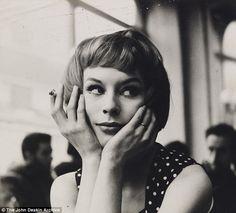 John Deakin girl in a Soho café.