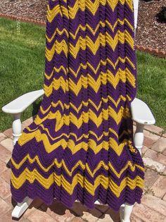 Purple & Gold Ripple Afghan- I love this Crochet Ripple Blanket, Ripple Afghan, Crochet Quilt, Crochet Yarn, Lila Gold, Purple Gold, Afghan Crochet Patterns, Crochet Afghans, Crochet Blankets