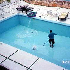 Cleaning pool filters is essential as it takes care of all the heavy duty cleaning that a swimming pool constantly requires. Let a professional take care of your pool cleaning needs and provide your pool with the maintenance that it deserves. Pool Cleaning Supplies, Pool Cleaning Tips, Pool Cleaning Service, Pool Service, Pool Maintenance Cost, Swimming Pool Maintenance, Swimming Pool Repair, Swimming Pool Designs, Swiming Pool