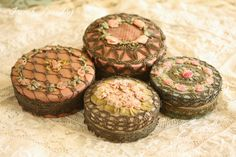 French Laundry: The Scoop on Antique Ribbon Work Powder Boxes Ribbon Embroidery Tutorial, Rose Embroidery, Silk Ribbon Embroidery, Embroidery Thread, Fabric Boxes, Paper Boxes, Altered Boxes, Altered Art, Passementerie