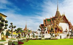 Bangkok is one of the biggest is in cities, and it is also the capital city of Thailand. Bangkok is considered to be one of the most. Bangkok Thailand, Thailand Honeymoon, Thailand Travel Guide, Bangkok Travel, Visit Thailand, Honeymoon Destinations, Bangkok Trip, Honeymoon Packages, Grand Palace Bangkok
