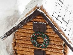 Log cabin-inspired gingerbread house