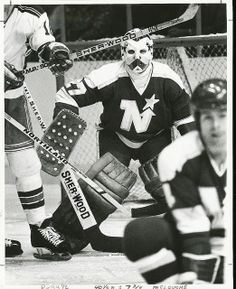 Gilles Meloche, the Robber Baron Hockey Coach, Hockey Goalie, Hockey Teams, Ice Hockey, Hockey Stuff, Minnesota North Stars, Minnesota Wild, La Kings Stanley Cup, Nhl