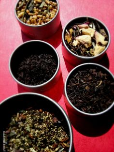 Blend your own teas - Great DIY ideas for making teas in tins or even tea bags.