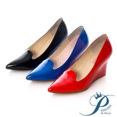 Princess - 時尚指標漆皮尖頭楔型跟鞋-冶艷紅 - Yahoo!奇摩購物中心 Pumps, Heels, Yahoo, Loafers, Flats, Fashion, Heel, Travel Shoes, Loafers & Slip Ons