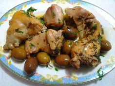"""coillu a succhittu"" Olive Recipes, Meat Recipes, Italian Recipes, Cooking Recipes, Rabbit Recipes, Italian Chicken, Rabbit Food, Chicken Salad, Fett"