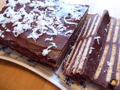 "A Danish cake called ""kiksekage"" or chocolate biscuit cake -- recipe in English"