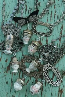 I had a few folks e-mail me about my chaos and mess.one reminded me of this post about Dara, so I am re-posting it tonight.it captures my. Recycled Jewelry, Old Jewelry, Jewelry Crafts, Jewelry Art, Jewelry Ideas, Jewellery, Jewelry Making, Unique Jewelry, Frozen Dolls