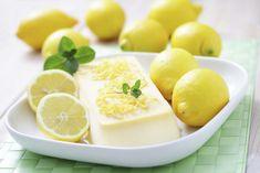 Un dessert ricco, ma allo stesso tempo rinfrescante, grazie alle piacevoli note acidule del limone