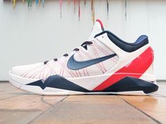 Kobe VII 'USA'. Liking the red Flywire