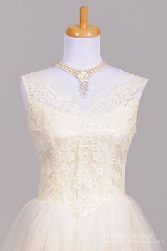 1950 Floral Lace Vintage Wedding Dress : Mill Crest Vintage