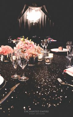 Sequin Wedding, Chic Wedding, Wedding Styles, Black Tablecloth, Sequin Tablecloth, 40th Bday Ideas, Prayer Breakfast, Favour Boxes, Wedding Tablecloths