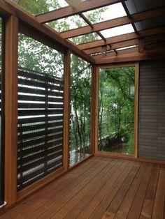 +DESIGN デザイン   エロージュ・ドゥ・ラ・サンプリシテ Home Room Design, House Design, Jungle House, House Deck, Property Design, Brick Flooring, Modern Patio, Balcony Design, Japanese House