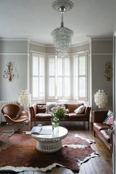 Farrow Ball, Farrow And Ball Paint, Purbeck Stone, Modern Country Kitchens, Modern Country Style, Trending Paint Colors, Paint Colors For Home, Cornforth White Living Room, Paint Shades