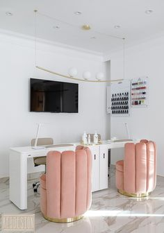 Салон красоты в Москве Ladys Only Beauty Salon on Behance Home Beauty Salon, Home Nail Salon, Nail Salon Design, Beauty Salon Decor, Beauty Salon Interior, Salon Interior Design, Makeup Studio Decor, Beauty Studio, Beauty Room Decor