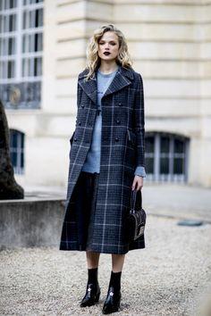Парижский привет: как одеваются гости Недели моды, часть 1 | Vogue Ukraine