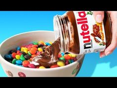 23 Sweet Food Tricks That You Must Try image ideas from Food Ideas Nutella Slice, Nutella Pancakes, Sweet Desserts, Sweet Recipes, Dessert Recipes, Keto Recipes, Healthy Recipes, Cute Halloween Food, Margarita Bebidas