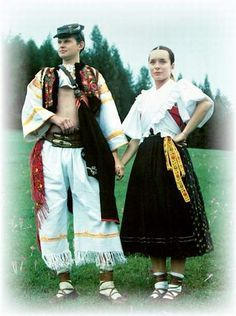 European folk costumes and culture, and later - Page 2 . Bohemian Girls, Bohemian Art, European Costumes, European History, Folk Costume, Traditional Dresses, Folk Art, Clothes, Folk Clothing