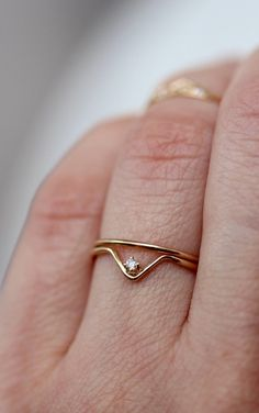 14K Diamond Chevron Ring V Ring Solitare Ring Blue by LieselLove