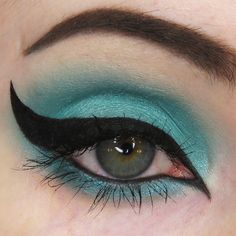 (Vibrant teal-green) Part of the 2015 Spring/Summer Vegan and Cruelty-Free!All of our products always exclude scary preservatives like parabens and cheap fillers like talc and bismuth oxychloride! Wedding Makeup Tips, Natural Wedding Makeup, Mineral Eyeshadow, Eyeshadow Makeup, Eyeshadows, Eyeshadow Tips, Lip Makeup, Makeup Inspo, Makeup Inspiration