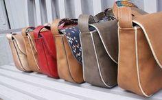 Mini Sam' : le tuto – Merci Giroflée - Bestworld Tutorial and Ideas Diy Bags Purses, Diy Purse, Diy Sac, Sacs Diy, Plastic Bag Holders, Couture Sewing, Cute Bags, Neue Trends, Bag Making