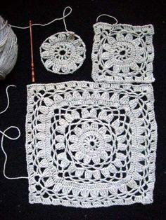 Poncho Crochet Estimadas amigas, encontramos este poncho a crochet que es verdaderamente hermoso y queremos compartirlo con ustedes, nues. Point Granny Au Crochet, Poncho Au Crochet, Beau Crochet, Granny Square Crochet Pattern, Crochet Squares, Love Crochet, Beautiful Crochet, Knit Crochet, Crochet Diagram