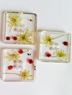 Three seed and flower seed head resin four hole by Tinyseedsofjoy