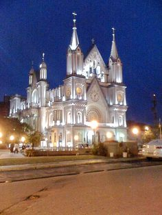 Central church Itajaí, State of Santa Catarina, Brasil. ( Temple of Time, OoT ) Sacred Architecture, Church Architecture, Beautiful Architecture, Beautiful Buildings, Beautiful Places, Beautiful Boys, Brasil Travel, Voyager Loin, Cathedral Church