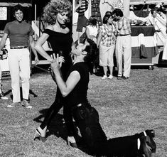 """Scene in the picture feels ironically familiar - Film """"Grease"""" Grease 1978, Grease Movie, Grease 2, Grease Dance, Iconic Movies, Old Movies, Sandy And Danny, Sandy Grease, Grease Is The Word"""