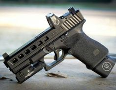 Talk about the latest airsoft guns, tactical gear or simply share with others on this network Weapons Guns, Airsoft Guns, Guns And Ammo, Custom Glock, Custom Guns, Rifles, Survival, Military Guns, Cool Guns