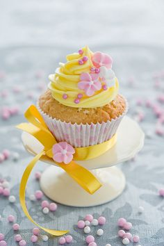 Ingredients Banana Cupcakes 1 cups all-purpose flour 2 teaspoons baking powder teaspoon salt cup butter, at room temperature . Peach Cupcakes, Fancy Cupcakes, Sweet Cupcakes, Yummy Cupcakes, Thank You Cupcakes, Spring Cupcakes, Mocha Cupcakes, Gourmet Cupcakes, Strawberry Cupcakes