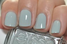 Essie Who is the Boss (dusty blue/light blue/grey-blue/blue-grey nail polish)