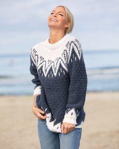 Genser Tia   Knittingroom Knitting Room, Icelandic Sweaters, Alpacas, Baby Alpaca, Crochet Fashion, Mode Inspiration, Clothing Patterns, Vikings, Free Pattern