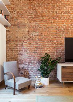 LOFT N, City of London, 2017 - Nomade Architettura Interior design, Selina Bertola House Design, Interior, Living Dining Room, Brick Interior Wall, Home Decor, House Interior, Brick Wall, Interior Design, Brick Interior