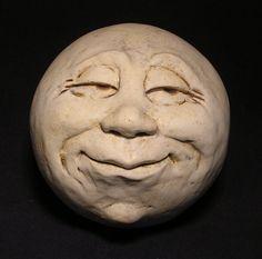 Man-in-the-Moon Garden Head, Antique White Eggshell