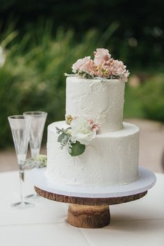"""""""In a marriage, each partner is to be an encourager rather than a critic, a forgiver rather than a collector of hurts, and enabler rather than a reformer."""" #wedding #love #soulmate #twinflame #theone #truelove #weddingplanner #weddingcake #weddingparty #weddingceremony #cake #bride #groom #honeymoon #champagne #celebration #weddinggroom #groom #husband #wife #bridesmaid #bestmen #party #kiss #hug #ido #vows #planner #cake Wedding Groom, Bride Groom, Wedding Ceremony, Sweet Box, Critic, Husband Wife, Vows, True Love, Engagement Photos"""