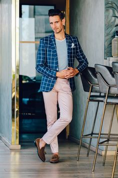 31 Ideas Brunch Outfit For Men Street Styles Blue Jeans Black Shoes, Sunday Brunch Outfit, Blazers, Man Dressing Style, Stylish Mens Outfits, Womens Fashion Stores, Men Street, Gentleman Style, Mens Suits