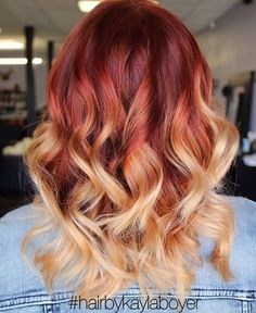 33 trendy ombre hair color ideas of 2019 - Hairstyles Trends Red Blonde Hair, Red Ombre Hair, Red With Blonde Ombre, Wavy Hair, Brown Hair, Hair Color And Cut, Cool Hair Color, Hair Colors, Pelo Multicolor