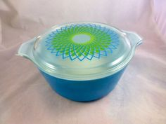 Rare Pyrex Spirograph 2.5 Quart Casserole Dish