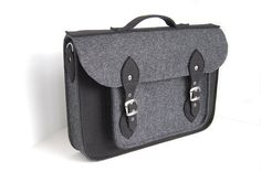 NEW lower price 30% OFF MacBook Pro 15 inch bag  by etoidesign