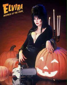 It's Almost Halloween, Elvira Mistress of the Dark Cassandra Peterson, Days Till Halloween, Happy Halloween, Halloween Ideas, Halloween Pictures, Halloween Horror, Halloween Night, Halloween Costumes, Classic Horror Movies