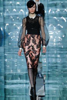 Marc Jacobs Fall 2011 Ready-to-Wear Fashion Show - Dempsey Stewart