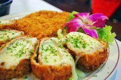 쭈~~~욱 늘어나는 고소한 치즈와 바삭한 돈까스의 만남! (사진_인스타_sumtory0915)