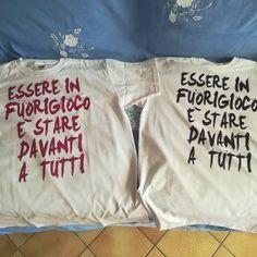 Essere in Fuorigioco.  La t-shirt ufficiale di Fuorigioco.net 😎👕 #tshirt #fuorigioconet #seriea #topplayer