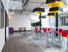 Espace Détente CLARANET agencé par Cléram. #style #design #bureau #architecture #aménagement #workspace #coolworking #interior #deco #Cléram #art #office #idea #conception #company #entreprise #goodvibes #detent #relax #chill #at #work #babyfoot #cafeteria #coffee