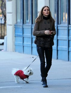 OLIVIA PALERMO #fashion #style #streetstyle #dog #casual
