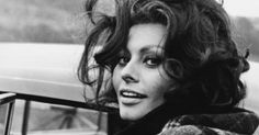 From Sophia Loren to Fellini muse Claudia Cardinale, these striking Italian women are legendary for good reason. Carlo Ponti, Sophia Loren, Italian Women, Italian Beauty, Cannes Film Festival, Festival 2017, Cleopatra, Lady Antebellum, Italian Actress