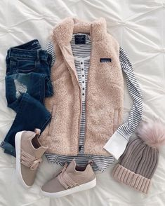 Pin by something beautiful on style in 2019 takit, muoti, ne Cozy Winter Outfits, Cute Fall Outfits, Winter Fashion Outfits, Look Fashion, Teen Fashion, Autumn Winter Fashion, Trendy Outfits, Girl Outfits, Fashion Trends